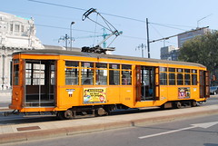 Milano - Centrale (Guidotoni58) Tags: italy italia trolley milano tram streetcar atm tramway lombardia fs strassenbahn tramvay trenitalia трамвай piazzaducadaosta stazionemilanocentrale