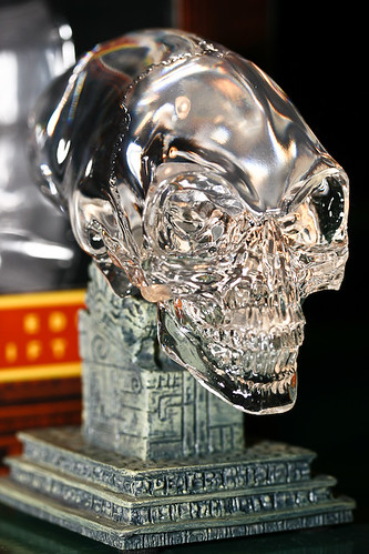 Crystal Skull by ombrelle