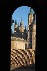 ventana (AlbertoAraque) Tags: photoshop zaragoza xataca