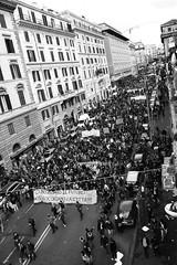 Se ci bloccano il futuro,noi blocchiamo la città !!! (telemonkeyo) Tags: roma studenti gelmini manifestazionestudentesca bianconeroitalia nogelmini legge133 noalla133 nolegge133 unionestudenti 14novembre2008