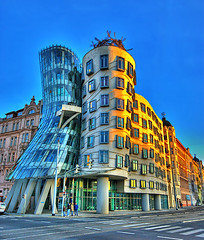 Dancing Building Prague (Edgar Barany) Tags: travel color building architecture modern construction nikon europe czech prague prag praha praga czechrepublic shape frankgehry vacations praag dancingbuilding republicacheca barany ceskarepublica 5photosaday edgarbarany