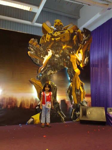 Mira & Her Autobots
