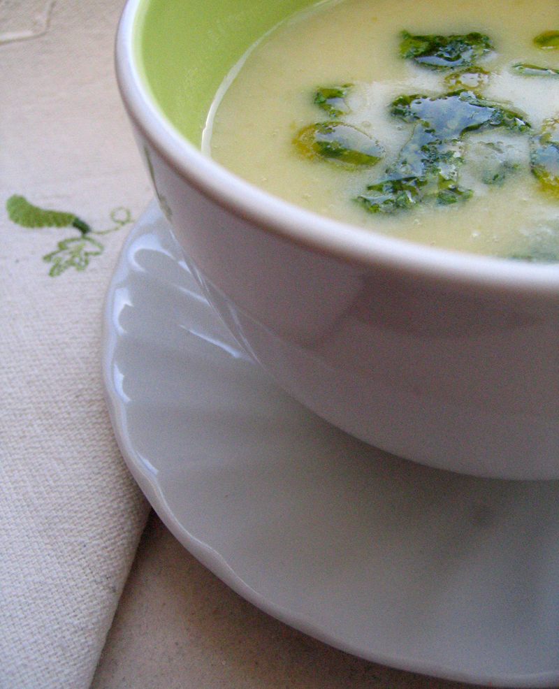 White Bean Soup with Rocket Pesto