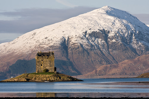 Castle Stalker, Winter Afternoon por David Kendal.