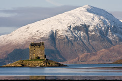 Castle Stalker, Winter Afternoon (David Kendal) Tags: appin castlestalker argyllandbute portappin scottishhistory kingairloch scottishscenery lochlaich scottishcastle scottishwinter