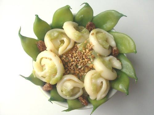 Timballino in fiore di orecchiette napoletane ai fagiolini e colatura di alici di Cetara