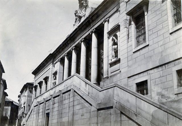 Fachada del Instituto Universitario Lorenzana en junio de 1905. Fotógrafo anónimo. Colección Luis Alba. Ayuntamiento de Toledo