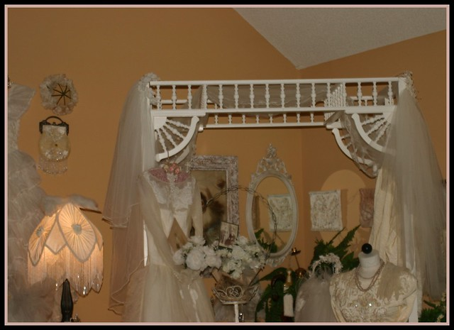 roses white corner mirror lace victorian romance pearls arbor dresses romantic gowns fufu familyroom shabbychic bridalgowns weddingveils cornerofmyroom
