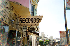 records and uitars