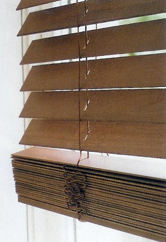 Venetian blind in wood