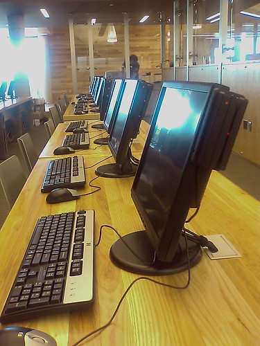 Computers at Traverwood Branch