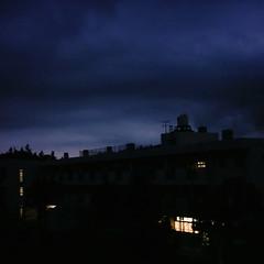 【写真】ミニデジで撮影した没後の小学校