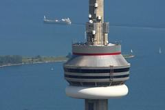 CN Tower Observation Deck (Tom Podolec) Tags: toronto ontario canada tower cn canon observation deck dslr 100400 40d news46 thisimagemaynotbeusedinanywaywithoutpriorpermissionallrightsreserved2008 200807251631340011