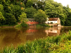 Durham Boat House On the River Wear (saxonfenken) Tags: england house game reflection motif river durham superhero thumbsup sb 108 yourock e500 bigmomma challengeyou challengeyouwinner abigfave august2008 a3b riverweir theperfectphotographer goldstaraward friendlychallenge thechallengefactory gamex2winner herowinner ultraherowinner storybookwinner sbunam gamex3winner storybookttwwinner 108river