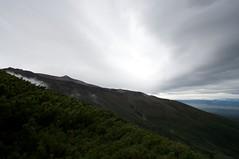 美瑛岳西尾根からの十勝岳