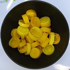 Bowl with caps (Marco Braun) Tags: black art yellow jaune circle square caps bowl gelb squaredcircle schwarz cercle carr bolle quadrat kreis schale noire korken