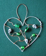 Green Skully Heart - a suncatcher in beads and wire