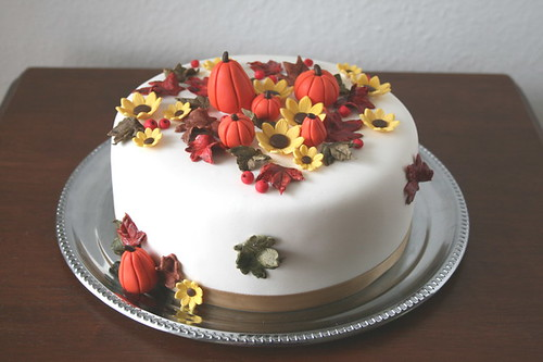 Beautiful Fall Birthday Cakes