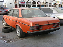 Mercedes-Benz 250 - W123 (q8500e) Tags: orange hot look wow germany mercedes benz cool nice uae bad babe made e bbs 250 badboy w123 eclass eklass 250e q8500e