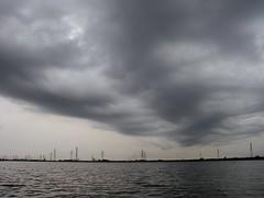 北浦の暗雲