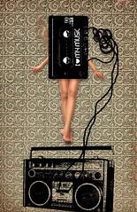 cassette (usbaldo ochoa) Tags: music girl design photo foto chica graphic designer grafik stereo musica cassette diseo grfico piernas   tapiz graphique     dessein