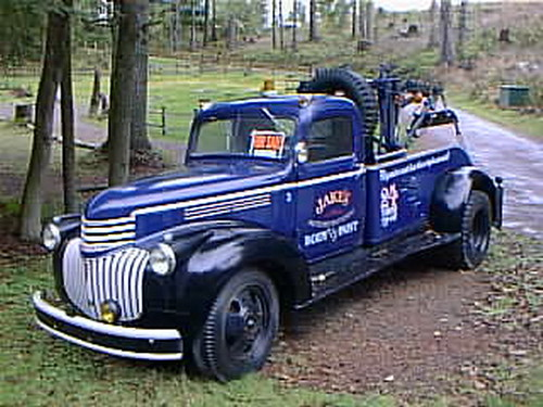 or99m1946a Antique Tow Truck, Oregon 2000 by CanadaGood.