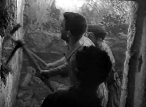 Mineros asturianos cavando las minas bajo el Alcázar de Toledo