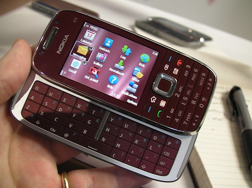 E75 full QWERTY (by RafeB)