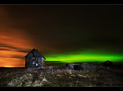 Colors in the Sky (orvaratli) Tags: travel sky house green abandoned colors landscape iceland aurora northernlights auroraborealis borealis icelandic solarstorm magneticstorm arcticphoto rvaratli orvaratli