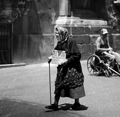 I am poor (nicolò parasole) Tags: poverty street travel people white black pentax poor persone viaggi k5 poorness fa50f17 estremità portauzeda doublyniceshot artistoftheyearlevel3 artistoftheyearlevel4 nicopara71 artistoftheyearlevel5 n©photography