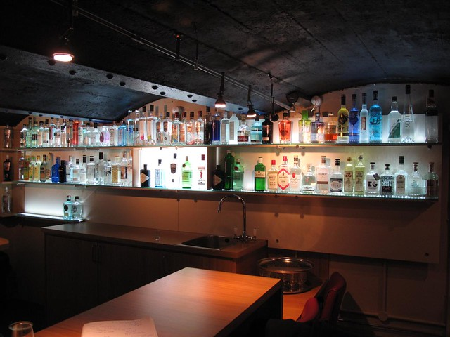 Plymouth Gin Tasting Room