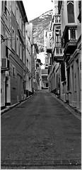 Rock through Alley (thevisualeffect.com (JD Malave)) Tags: canon outdoors gibraltar gi wow1 t2i ringexcellence