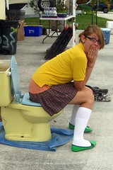 111/365 :O (FelonyMelanie) Tags: girl outside toilet driveway 2008 hahaha schooluniform day109 project365 felonymelanie melaniebertelson