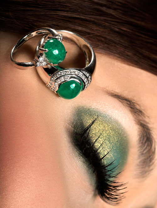 2424150345 2a22d9ceac o - Superb Emerald Jewellery Photoshoot
