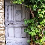 C'est une porte bleue.. thumbnail