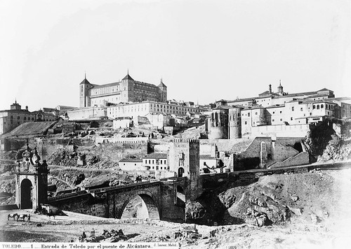 Alcázar de Toledo y Puente de Alcántara en el siglo XIX. Foto Laurent