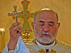Mar Dinkha IV (Ronnie R) Tags: portrait church cross clergy assyrian patriarch dinkha mardinkhaiv