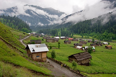 Neelum Valley (Max Loxton) Tags: road morning travel pakistan 20d nature beauty clouds rural canon landscape asia aerialview huts greenery kashmir 1740l neelumvalley saarc yasirnisar maxloxton
