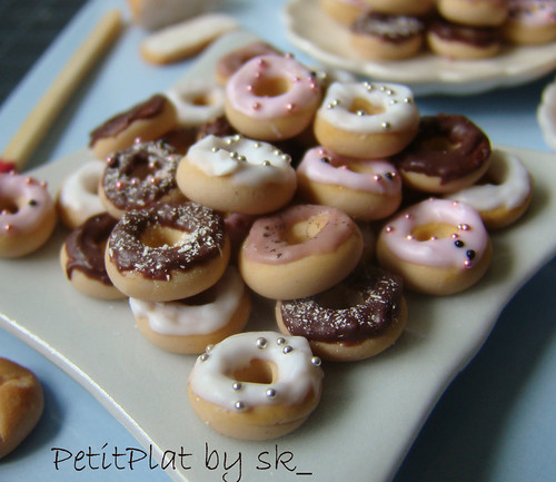 Miniature Food Dollhouse - Polymer Clay Mini Food Donuts