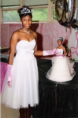 Inspired by the lifesize portrait wedding cake I created last year Diamond