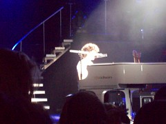 nick on piano (megan loves joe nick and kevin jonas) Tags: kevin brothers nick joe jonas