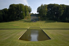 DK_Ledreborg_04 (weyerdk) Tags: sculpture castle fountain gardens stairs garden denmark canal stream antique steps