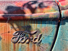 (shadowplay) Tags: detail ford graveyard truck washington peeling paint oxidation corroded toppenish