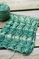 New Project = Total Love (SourCherries) Tags: teal avery knitty handspun veronik optim laceribbonscarf