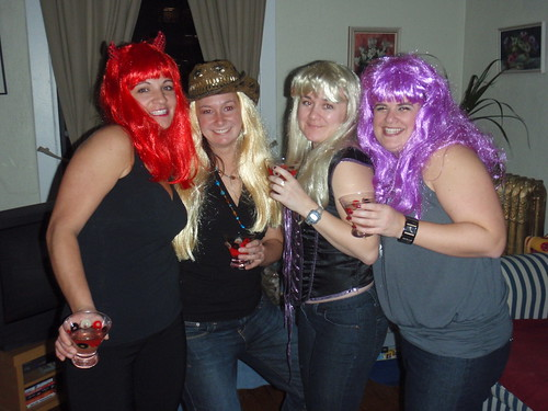 Gwen, Rachel, Beth & Donna getting ready to go see Madonna!