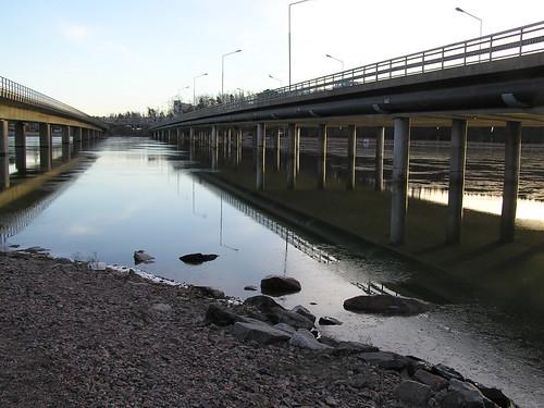 Rastilan silta (vai Vuosaarenko se virallisesti on...)