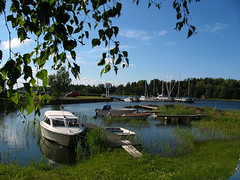 Grisslehamns Marina  -  Båtplatser (A Tribute to *PHOTORICO*) Tags: sea summer water marina boat sweden vessel balticsea sverige vatten båt hav sommar roslagen grisslehamn photorico