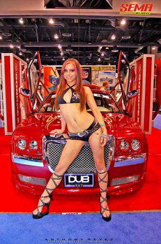 Kustom Kulture: women modeling for custom cars