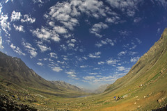 Shandoor from Fish Eye (Max Loxton) Tags: pakistan orange game mountains green sports beauty clouds patterns fisheye ppg polo chitral shandoor yasirnisar pakistaniphotographers maxloxton gilgat shandoorpolofestival2008