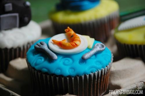 Shrimp Plate Cupcake Fondant